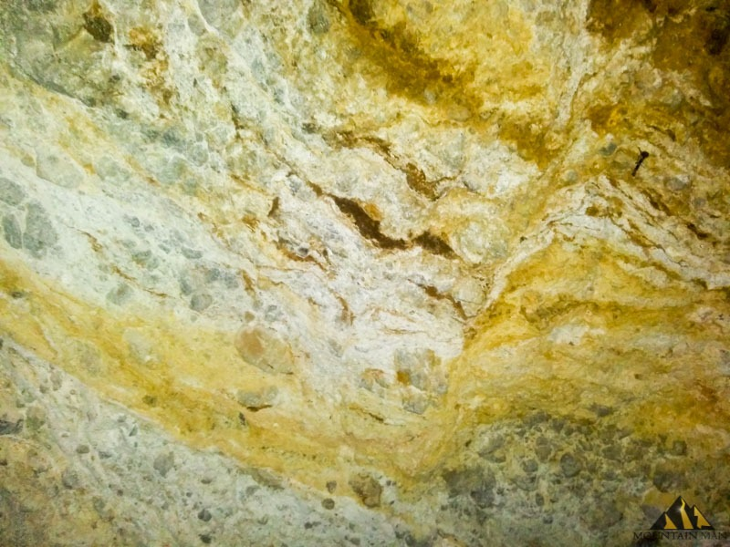 Veins of rich lead, iron and silver oxides line the walls at the EW6.